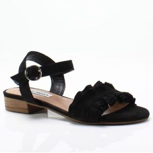 Steve Madden Brett Sandals in Black